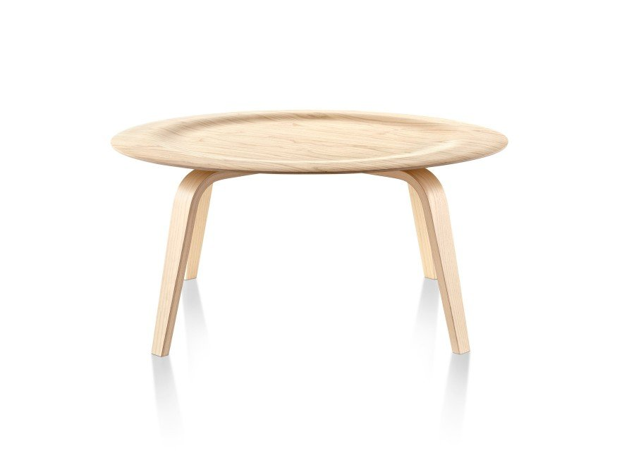 Foi Para Complementar O Ambiente Com Suas Famosas Plywood Chairs Que O  Casal Charles E Ray Projetaram A Molded Plywood Coffee Table, Em 1946. Part 36